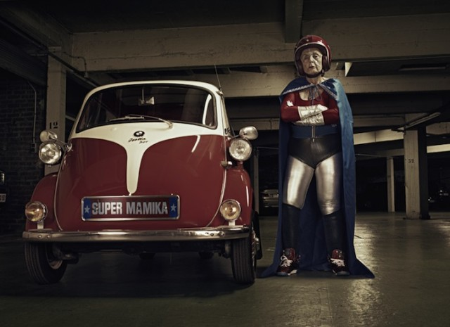 Super Mamika, Sacha Goldberger